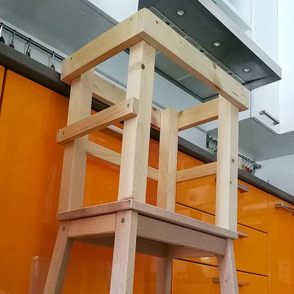 La learning tower un aiuto in cucina la bottega delle befane - Aiuto in cucina ...