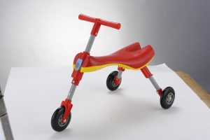 SCUTTLEBUG – Triciclo Pieghevole Rosso