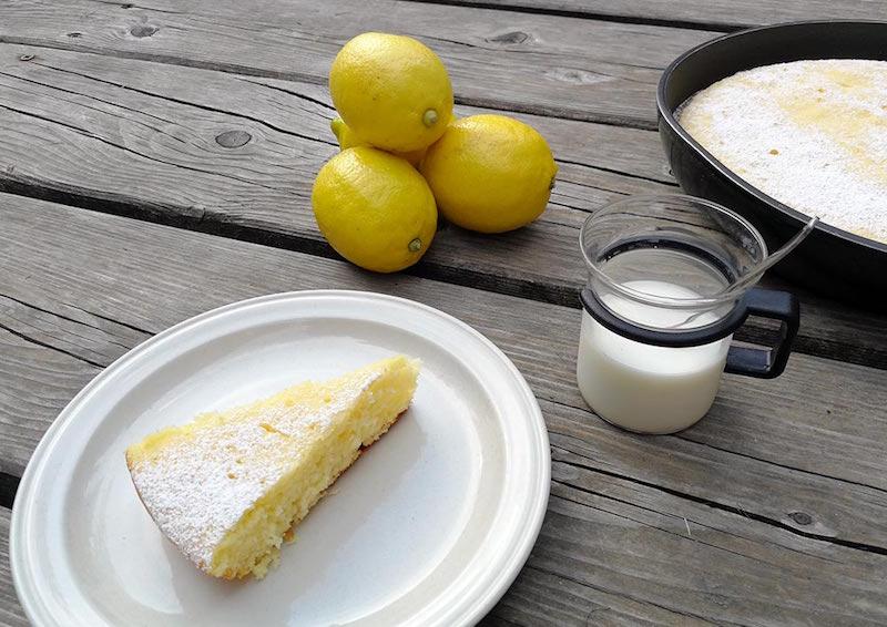 torta in padella limone e yogurt ricetta per bambini