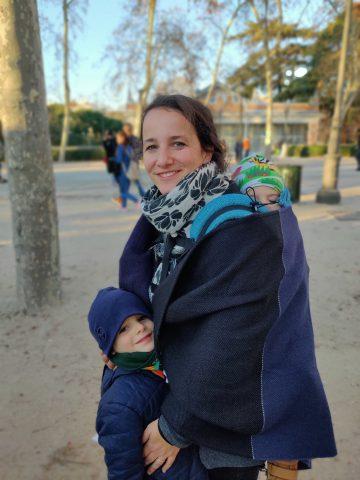 marsupio ergonomico babywearing portare con un supporto corretto i bambini più grandi